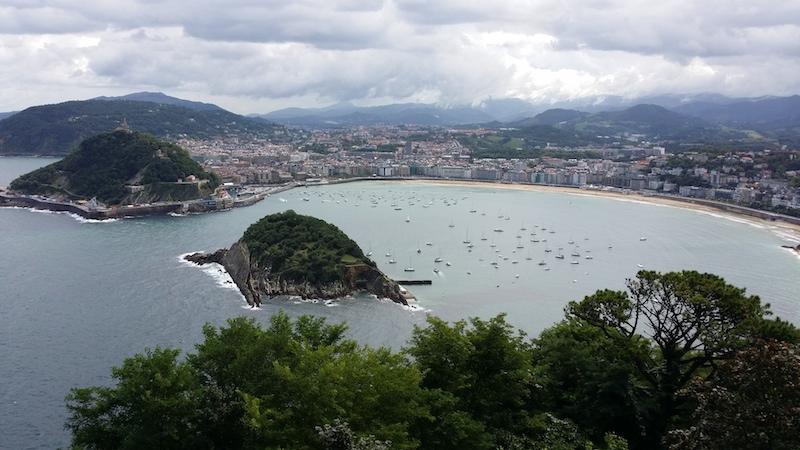La vista de La Playa de La Concha desde el Hotel Monte Igueldo.
