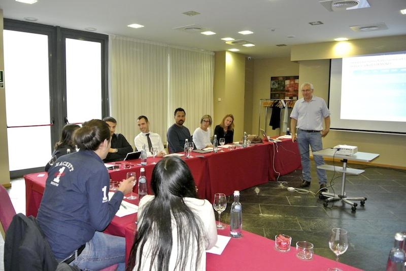 Impartiendo el curso en el Hotel Andorra Park.