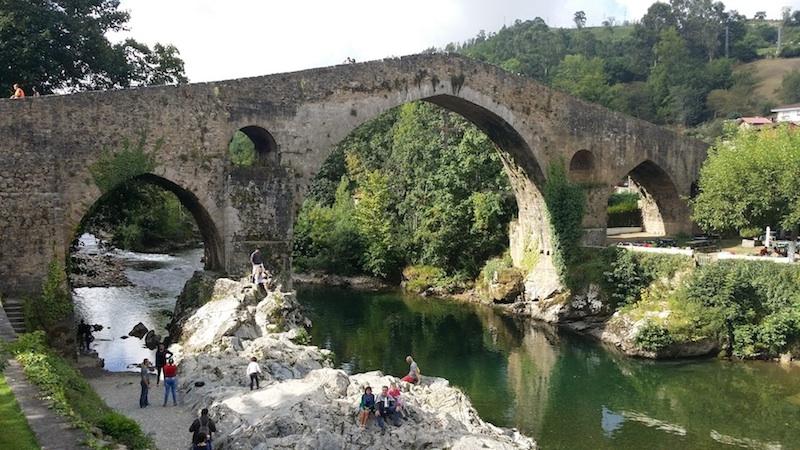 el puente cangas de onis