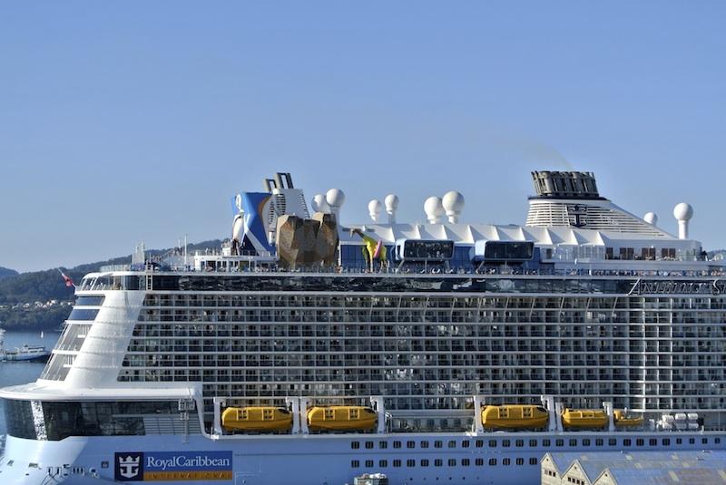 Un crucero de Royal Caribean en Vigo.