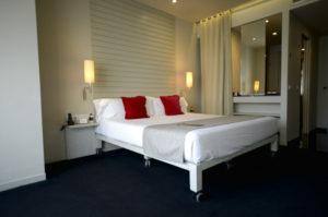 La habitación del Hotel Miró en Bilbao. Foto: Eduardo Zulaica