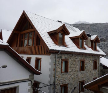 Metsola Apartamentos Rurales Isaba, Navarra