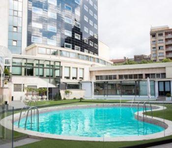 piscina hotel tres reyes