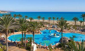 Piscina del Hotel SBH Costa Calama Palace