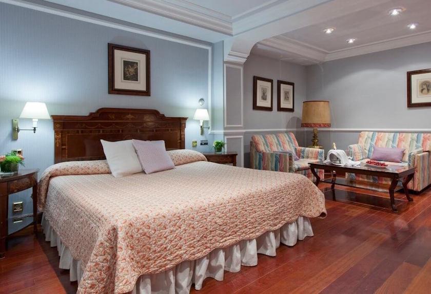 habitacion doble del hotel rice reyes católicos