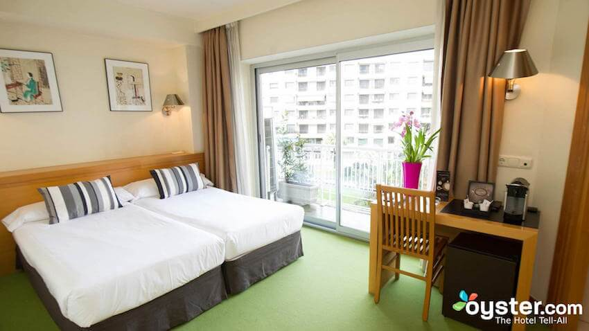 habitacion del hotel zaragoza plaza en san sebastian