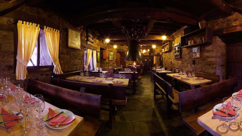 restaurante la moncloa de san lazaro