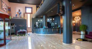 interior del hotel silken amara plaza