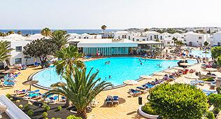 Piscina del Hotel Floresta en Lanzarote