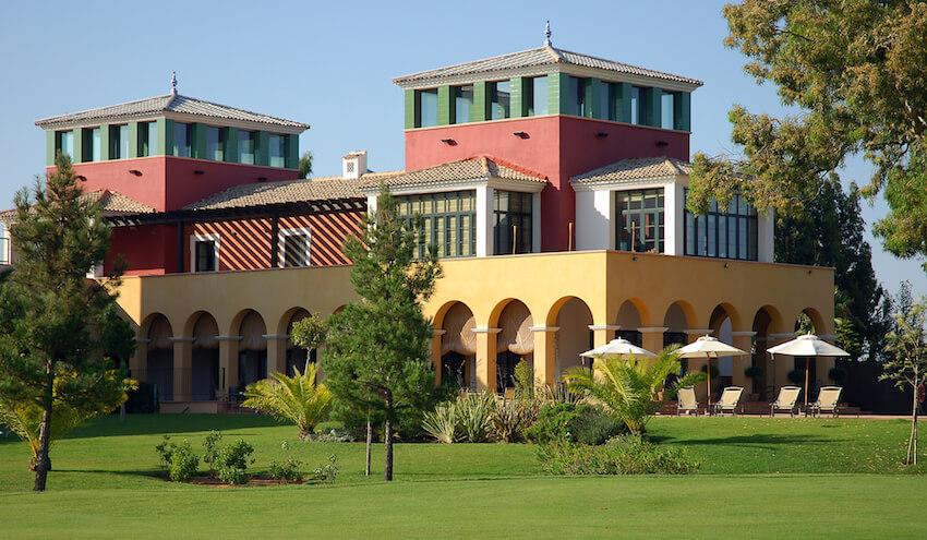 Edificio del Hotel Isla Canela Golf