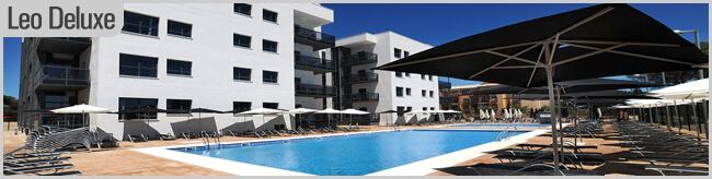 piscina de los apartamentos leo