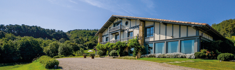 El Hotel Iturregi, en Getaria, es un lugar estupendo, especialmente con este sol de principios de octubre.