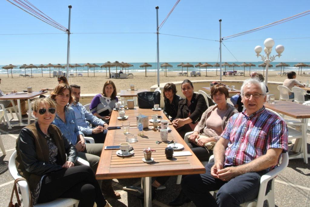 Descanso del curso en la mejor cafetería y terraza de Benicassim, la del Hotel Voramar!