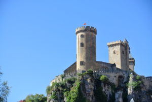 El Castillo de Foix, en el sur de Francia. Un café en el camino de vuelta.