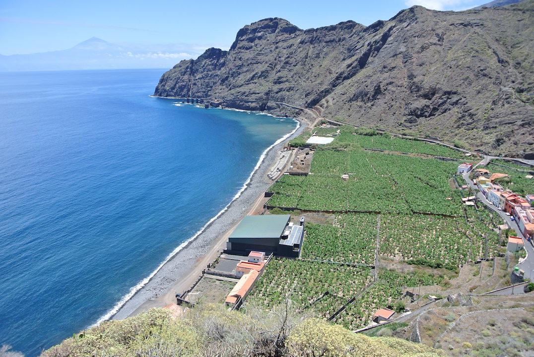 El norte de La Gomera. Con el Teide al fondo!