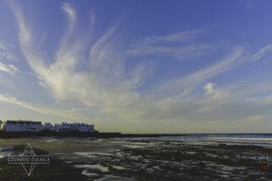 Playa de Famara, Lanzarote. Photo Eduardo Zulaica.