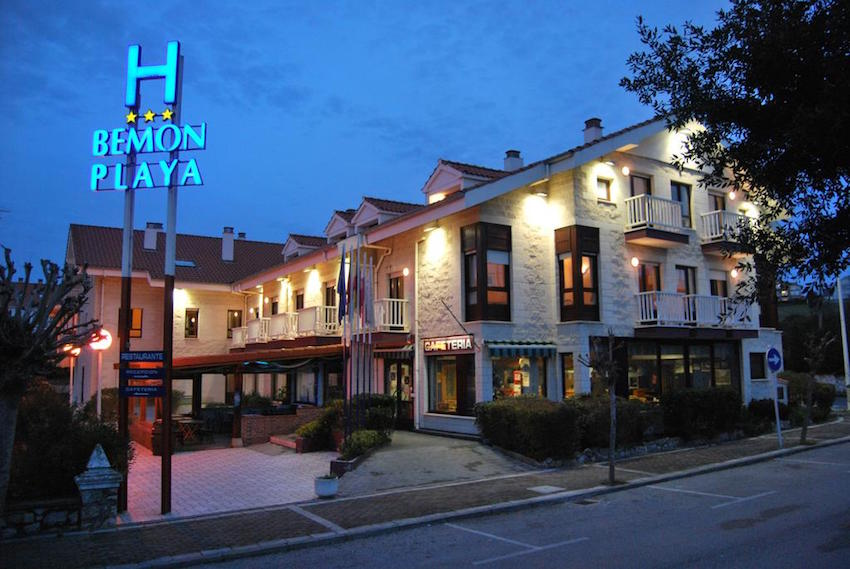 hotel bemon playa somo