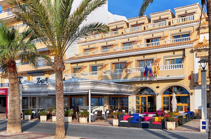 JovA Hotel & Restaurante