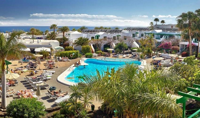 Hotel-Apartamentos-HG-LomoBlanco-lanzarote-exterior-piscina-pool