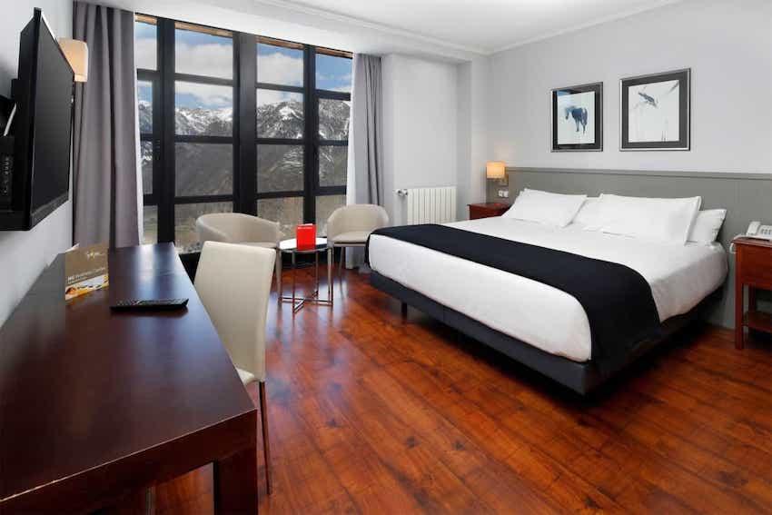 Hotel apartamento HG Cerler habitacion doble